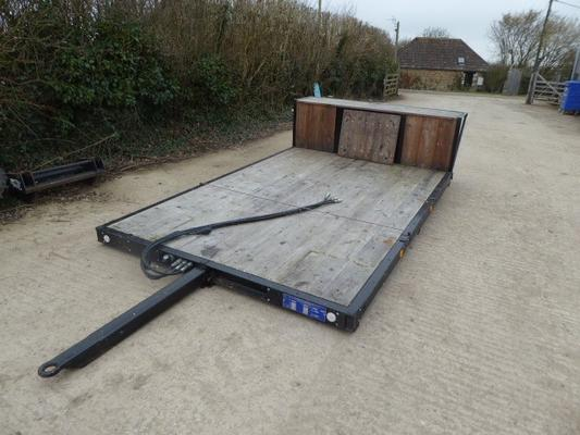 WARWICK FLAT BED TRAILER
