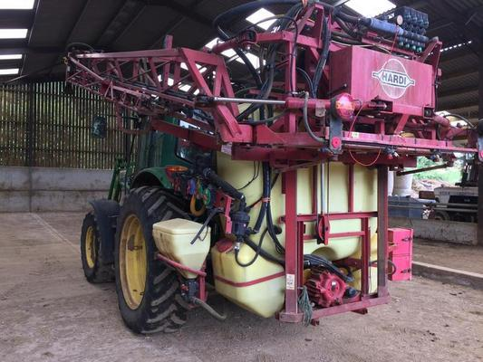 Other 1999 HARDI MEGA LPZ 1200 TRACTOR MOUNTED SPRAYER C/W 1200L TANK, 20M BOOM,INDUCTION,WASH, HC2500 RATE GOVERNOR