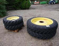 John Deere Row Crop Wheels and Tyres