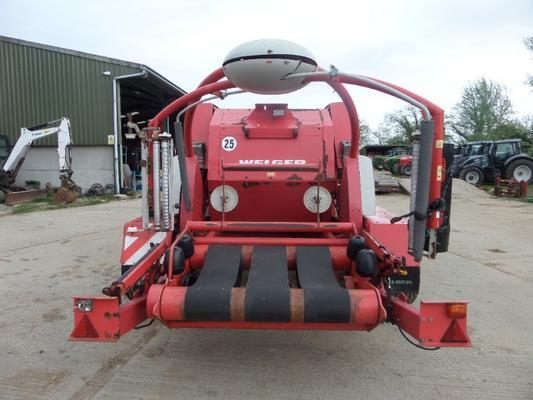 WELGER DOUBLE ACTION 235 ROUND BALER AND WRAPPER