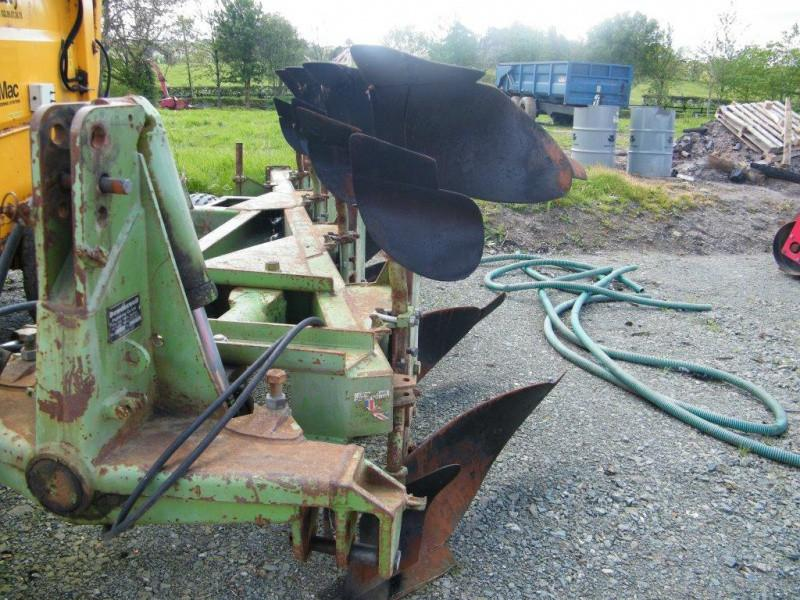 Dowdeswell DP7D2 4 furrow plough For Sale