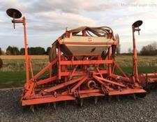Kuhn HR4002 and Venta drill