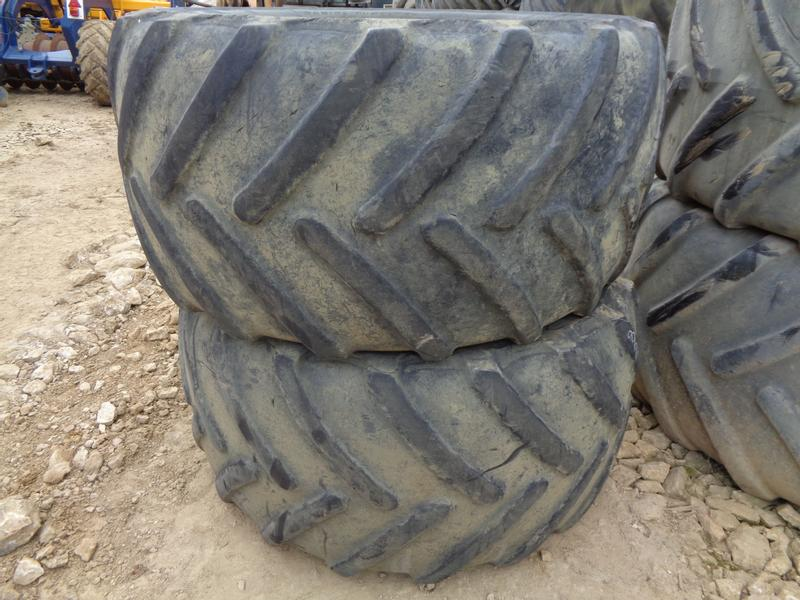 900/50/42 Rears And 710/55/30 Front John Deere Wheels
