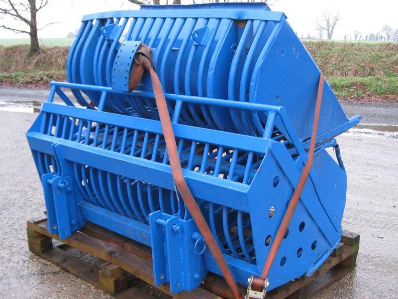 To fit Ford Beet bucket/basket