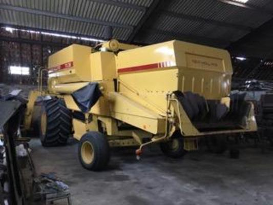 New Holland NEW HOLLAND TX36 COMBINE HARVESTER