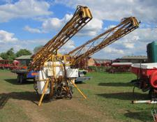 Knight 24 metre 1200 litre Mounted Sprayer, 2002