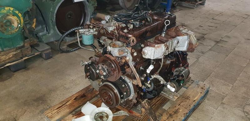 Isuzu NKR / NPR - 4BC2 Engine parts Used in 2040 -078 RIO
