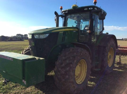 7250R TRACTOR 2015