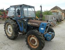 Ford 4600 4WD TRACTOR