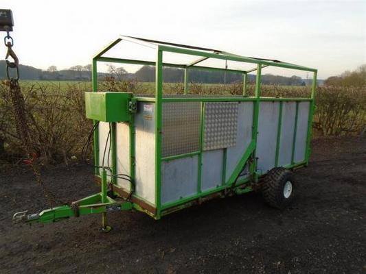 Brain Legg Drop Down Livestock Trailer For Sale