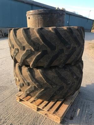 Other 600/65 R28 duals