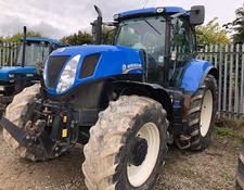 New Holland T7-235