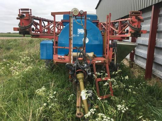 Other GEM TRAILED SPRAYER 2000L