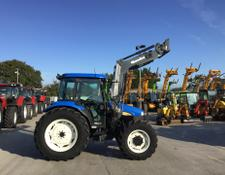 New Holland TD80D Tractor (ST2642)