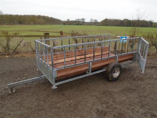 Cattle Bale Feeding Trailer For Sale