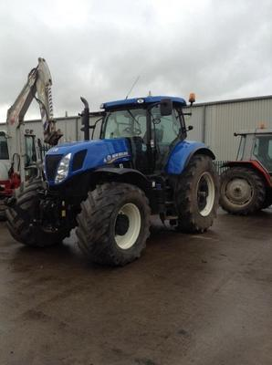 New Holland  T7.260 4WD TRACTOR