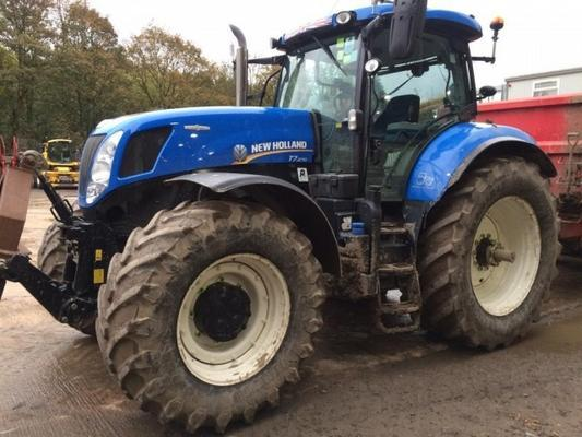 New Holland  T7.270 AC 4WD TRACTOR