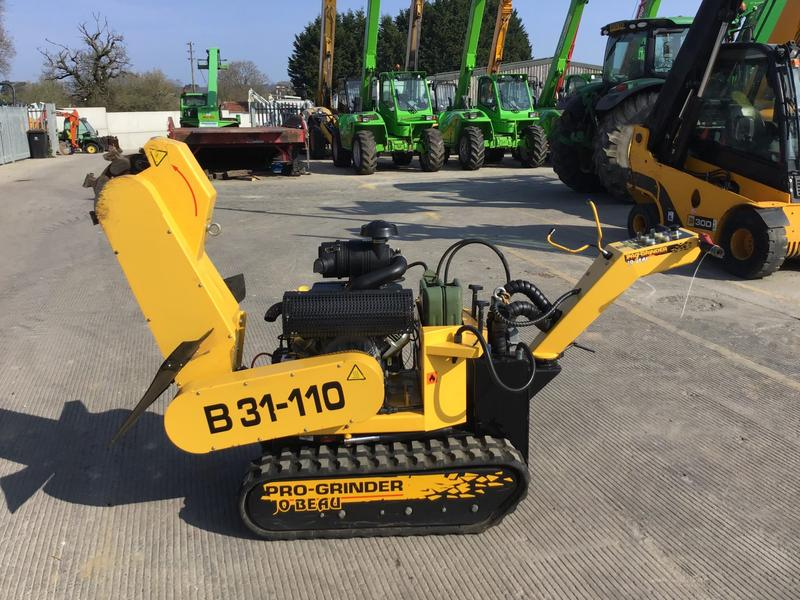 JO BEAU B31-110 Pro Tracked Stump Grinder