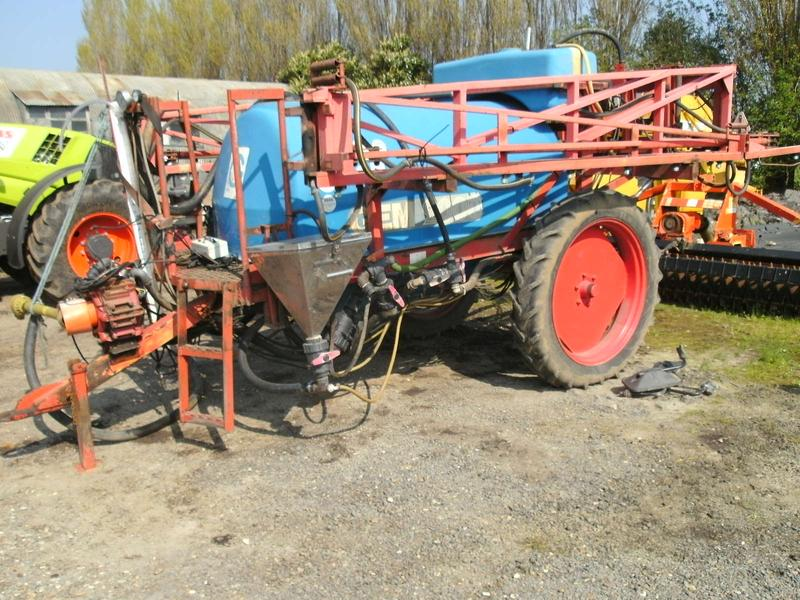 Gaspardo GEM 18 METRE TRAILED SPRAYER, 2100 LITRE
