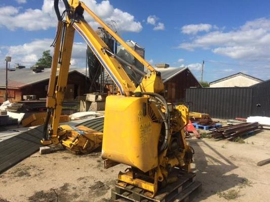 Shelbourne Reynolds T5006037 - 2001  Hedgecutter