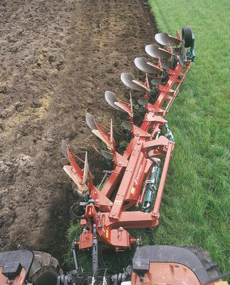 Other NEW KVERNELAND LO 85/300 6+1 FURROW PLOUGH
