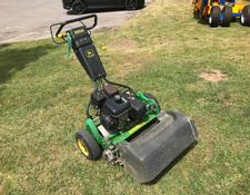 John Deere 220 Greens Mower