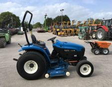 New Holland TC27D Tractor (ST7070)