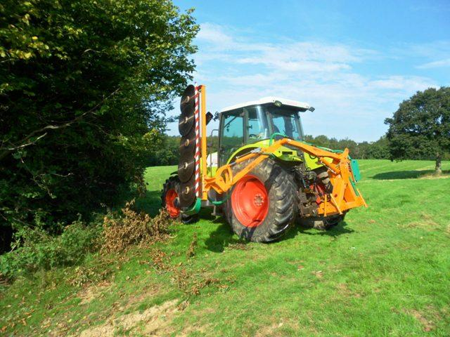 Other HEDGECUTTER TO HIRE