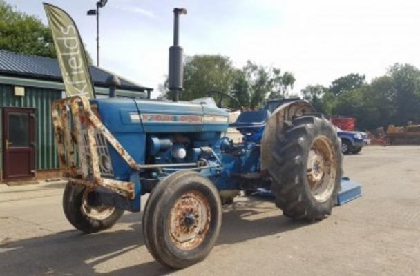 1975 FORD FORCE 3000 2WD TRACTOR