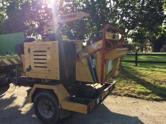 "Vermeer T2019108 -  BC230 9"" Road Tow Woodchipper"