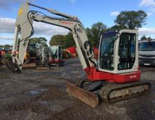 Takeuchi TB153FR 5t Reduced Tail Swing Excavator