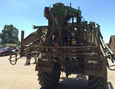 John Deere 832 SPRAYER