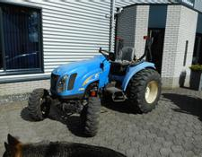New Holland TC35D