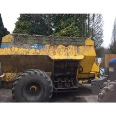 Shelbourne Reynolds  2000 DAIRY DUAL MUCK SPREADER