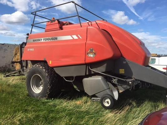 Massey Ferguson T221129B - 2008 MF2190 Big Square Baler