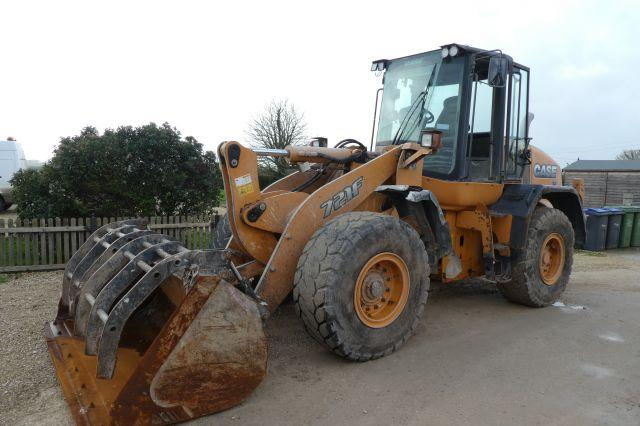 Case 721F LOADING SHOVEL