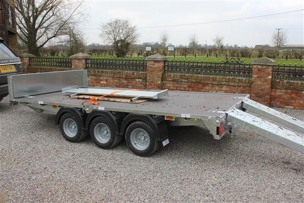 Other GRAHAM EDWARDS TRI AXLE TRAILER