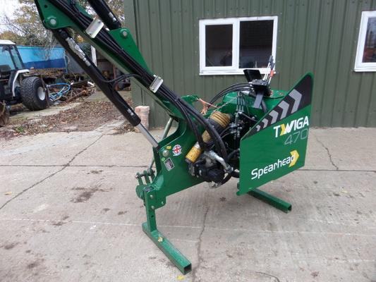 Spearhead  TWIGA 470 HEDGE CUTTER