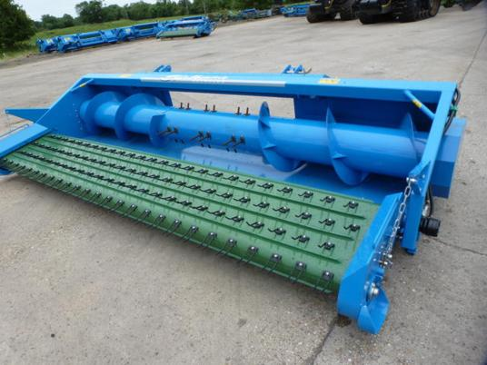 New unused 13ft mechanical pick up header Shelbourne