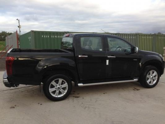 Isuzu  1.9 YUKON PICK-UP TRUCK