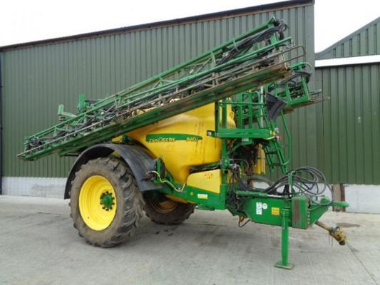 Used John Deere 840i 36M Trailed Sprayer