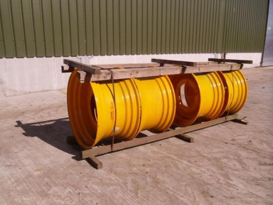 JCB Used  15x28 Wheel Rims