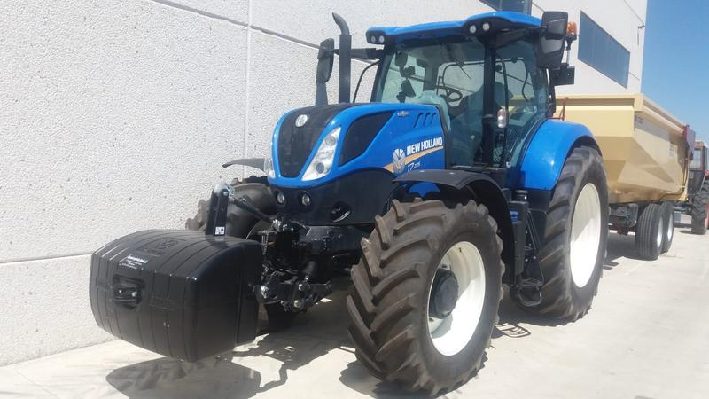 New Holland T7.225 AutoCommand