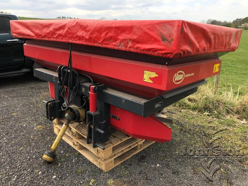 Vicon GREENLAND RS-XL 2005 FERTILISER SPREADER