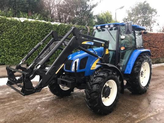 New Holland T5060 c/w loader