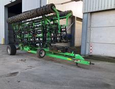 Tillso Trailed 10.6m Straw rake and roll,