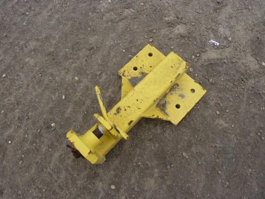 New Holland  COMBINE HITCH