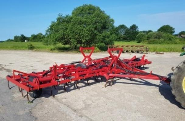 30' HYDRAULIC FOLDING FLEXITINE CULTIVATOR