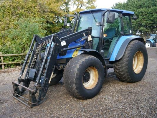 New Holland  T5040 4wd Tractor