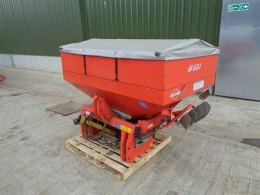 Kuhn Used  MDS935D Fert Spreader